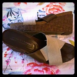 Donald j. Pliner woven wedge w/ brown leather  10
